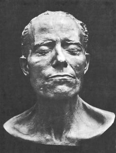 mahler_death-mask-small