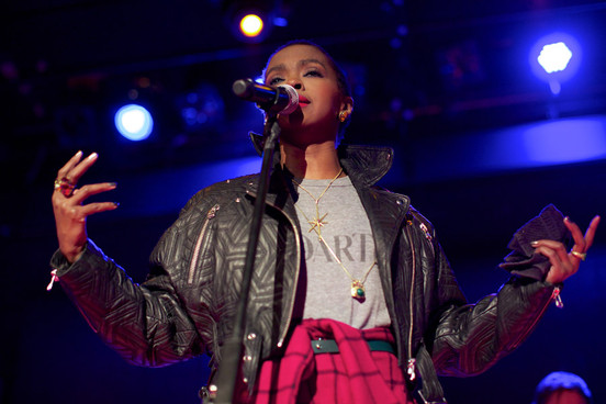 2014LaurynHill_Press_100214