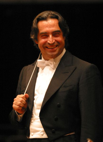 how tall is riccardo muti