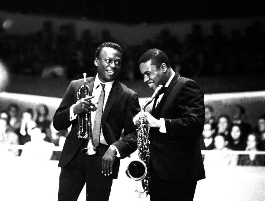 Miles Davis (left) and Wayne Shorter 1964 in Berlin
